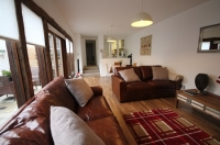 Harpenden House Serviced Apartments - Living Room
