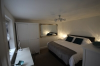 Harpenden House Serviced Apartments - Master Bedroom